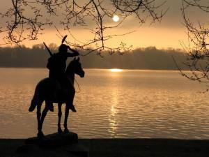 indian-statute-sunrise
